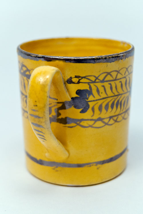1820 Canaryware Child Mug with Horizontal Hand Painted Silver Lustre Flower Leaf and Vine Decoration For Sale