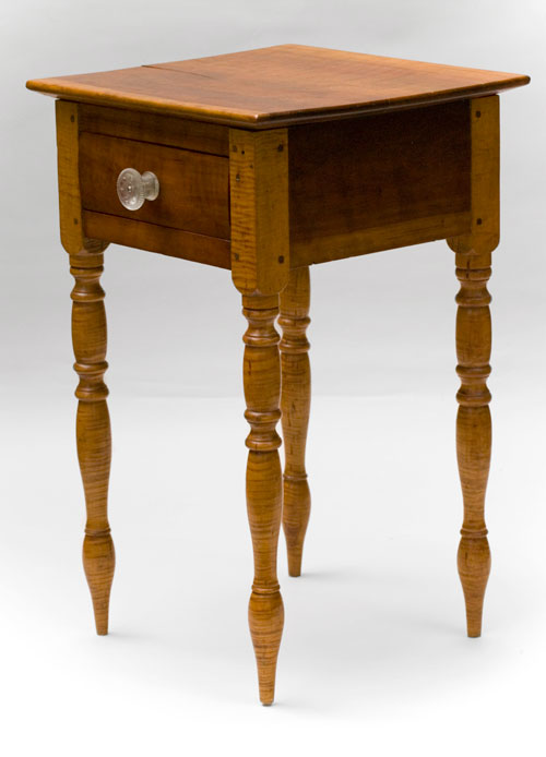 Tiger Maple and Cherry Early American Turned Legs Antique One Drawer Stand Table