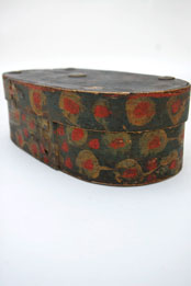 Folk Art Painted Rosemaled Wooden Box