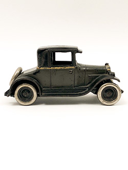 Antique Cast Iron Arcade 1928 Chevy Coupe