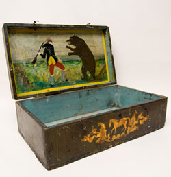 Antique Patriotic Americana Folk Art Painted Box Daniel Boone and Bear For Sale