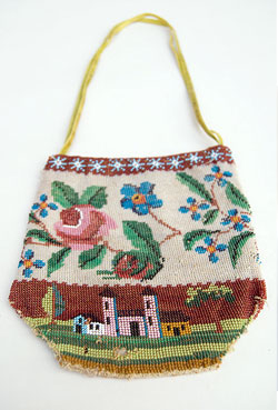 Early 19th Century Folk Art Beaded Antique Purse