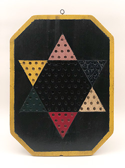 1920s Antique Wooden Gameboard Checkers Black Yellow Border Octagonal Cutout For Sale