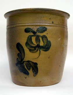 Blue Decorated American Stoneware: Russell Beaver Co. PA Antique Cobalt Salt Glaze Crock For Sale 19th Century Antiques