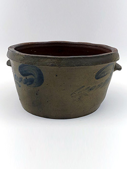 Blue Decorated Stoneware Cake Pan Antique Crock Pennsylvania Salt Glazed 19th Century Pottery For Sale