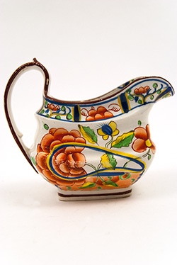 Gaudy Dutch Oyster Pattern Creamer for Sale