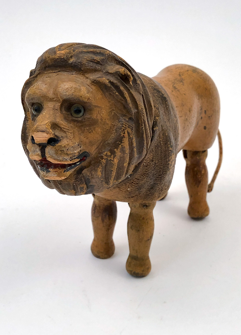 glass eye schoenhut lion