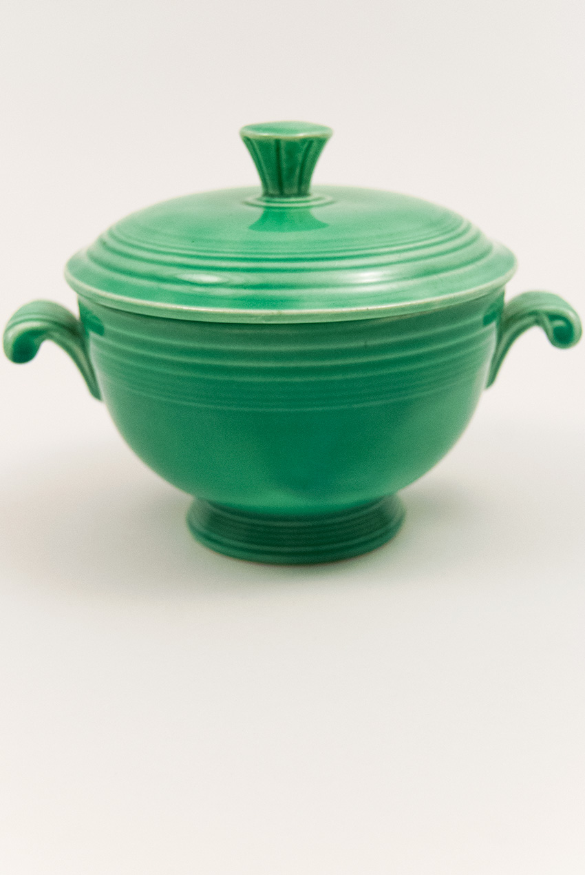 Vintage Fiestaware covered onion soup bowl in original green