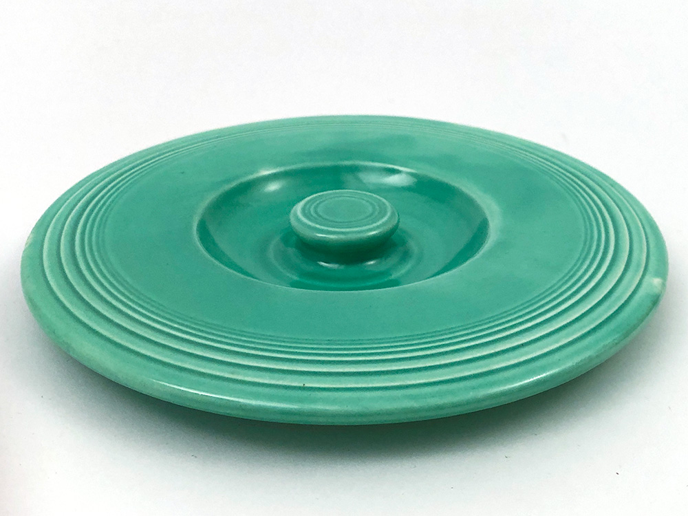 vintage fiesta mixing bowl lid in original green for number 3 sized bowl