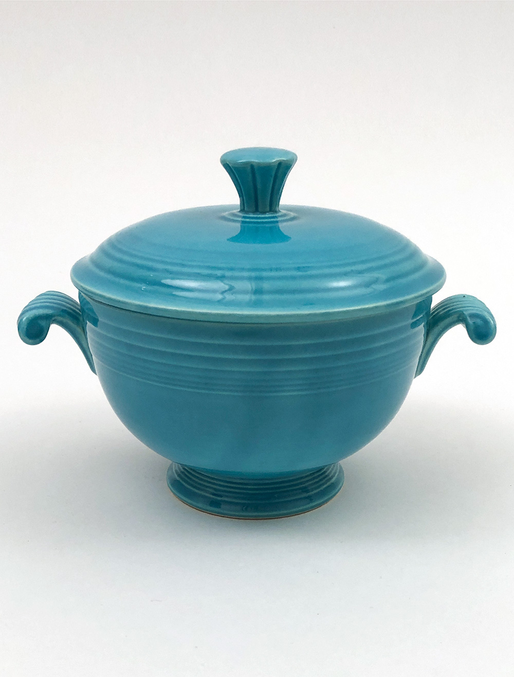 turquoise vintage fiesta covered onion soup bowl