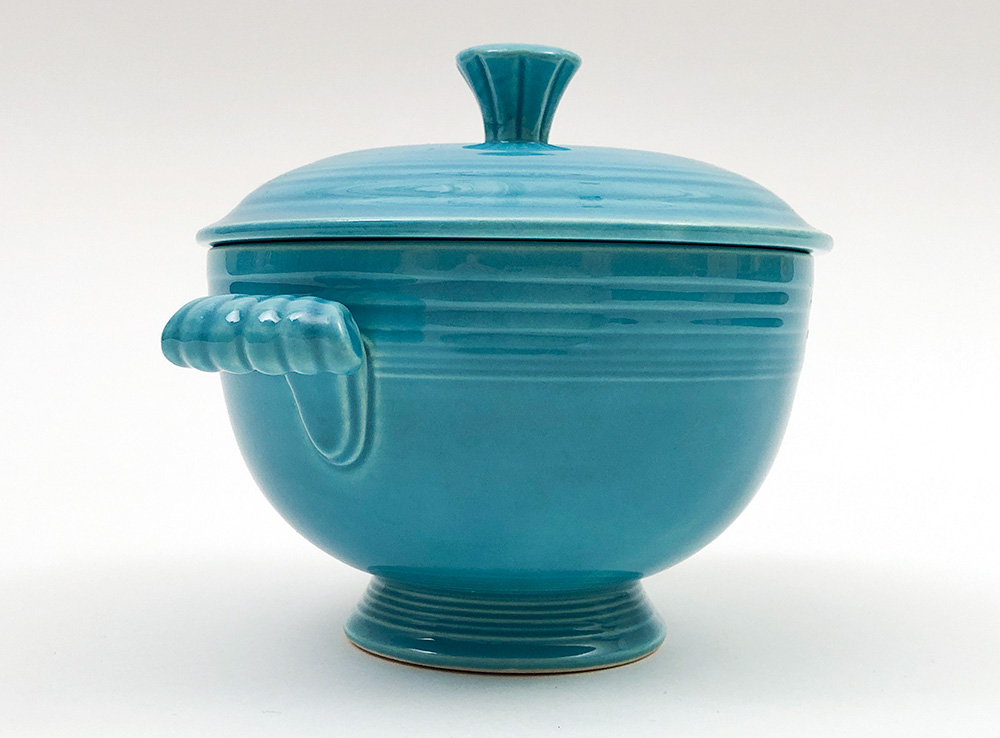 handles vintage fiesta pottery covered onion soup bowl in turquoise